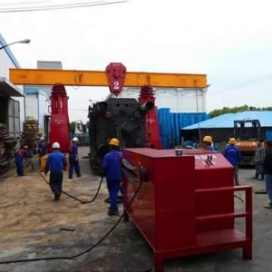 重庆工厂搬迁液压龙门吊吊装注塑机